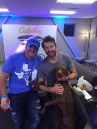 Brett Eldredge Hangs Backstage