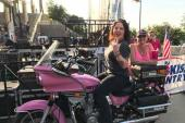 Ashley McBryde Thinks Pink In Fresno, CA
