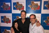 Blake Shelton Pops Up In Texas