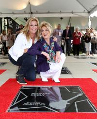 Trisha Yearwood Presents Jeannie Seely's Music City Walk Of Fame Star