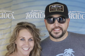 Jason Aldean Hangs Backstage With WQYK/Tampa
