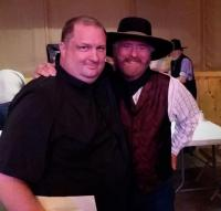 Michael Martin Murphy Poses With KNEI/Waukon, IA