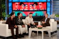Jonas Bros Bring Happiness To Ellen