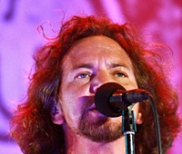 eddie-vedder-dec-23-56-2020-photo-matteo-chinellato---shutterstock.jpg